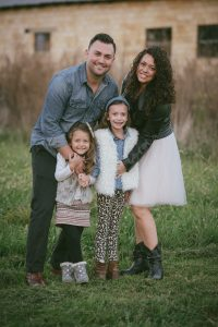 outdoor-family-fall-fashionable-portraits-life-by-together-we-click-neutral